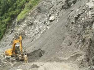 01_05_2015-landslide01